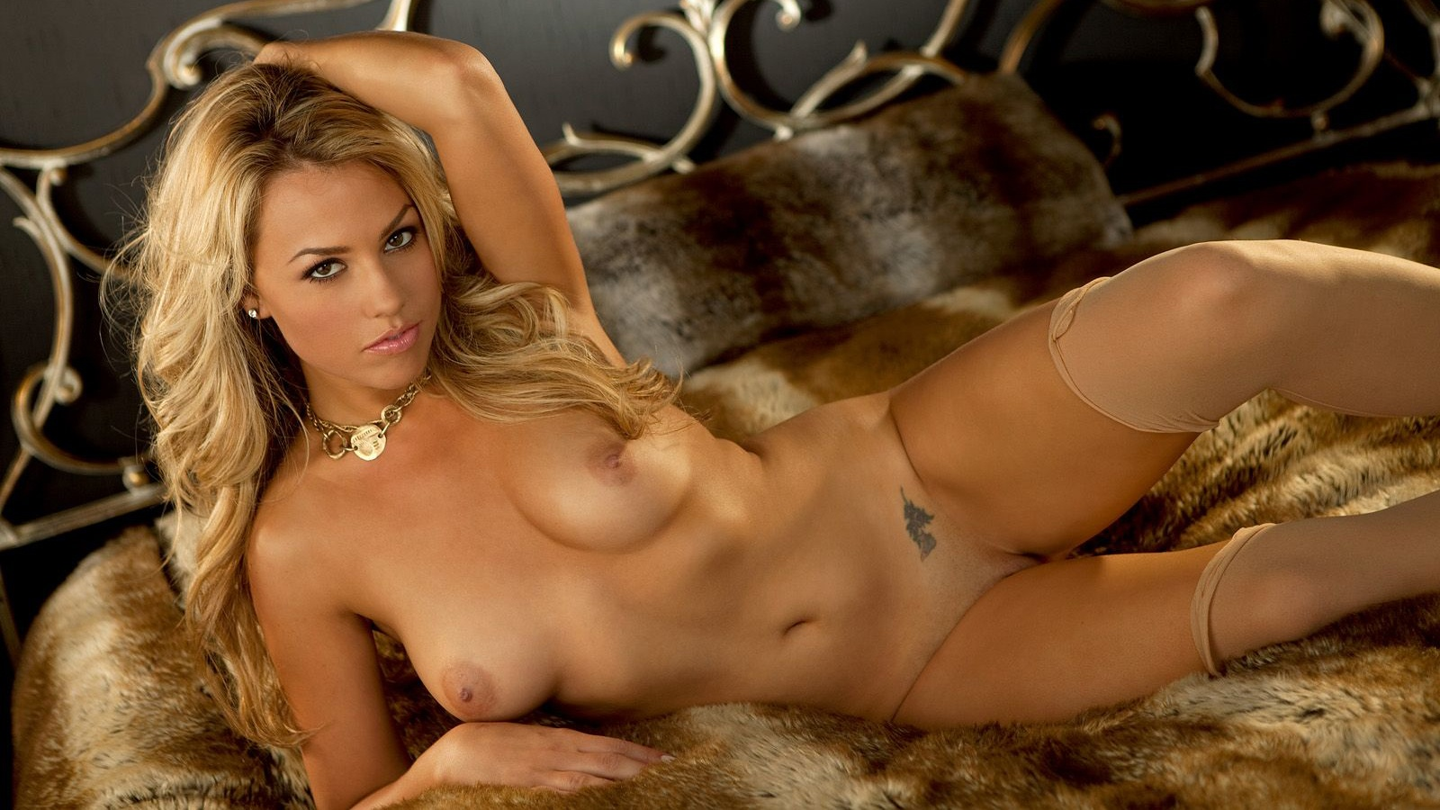 models Blonde nude playboy
