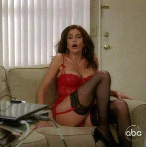 upskirt Desperate housewives show