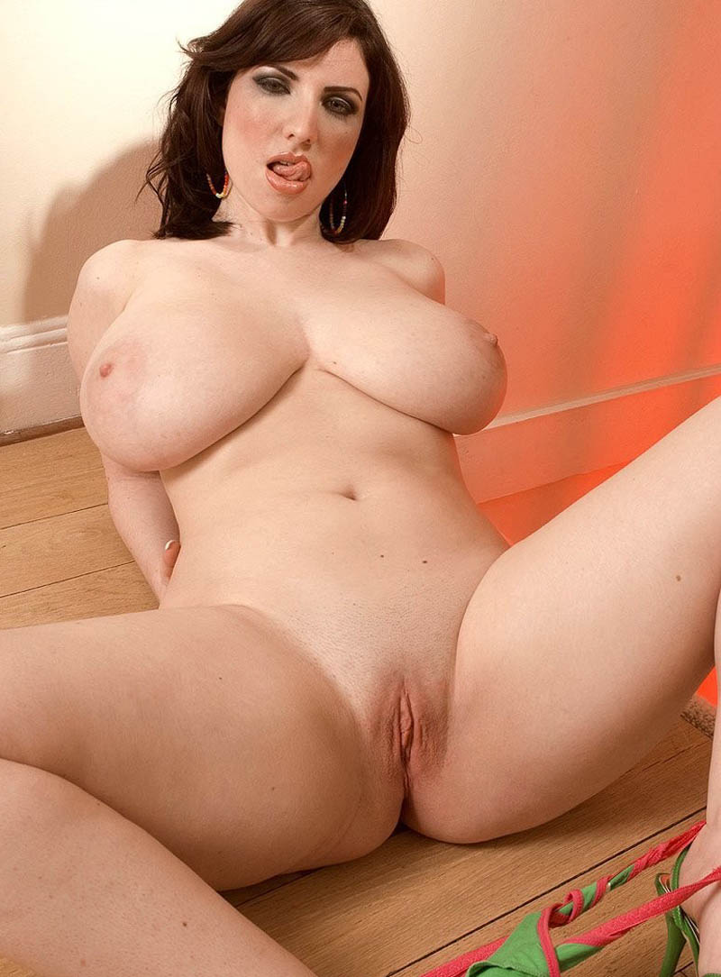 hot girls naked Topless sexy