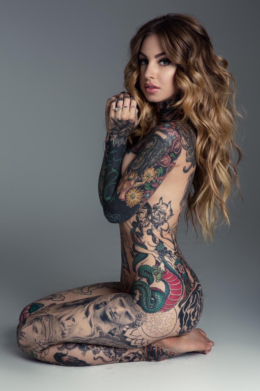 tattooed nude women beautiful
