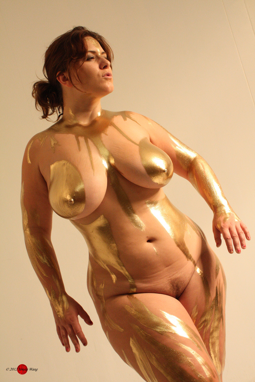 tits paint Big body