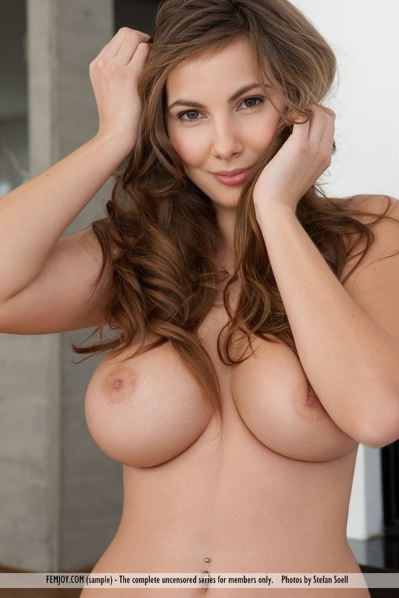 nude enormous tits