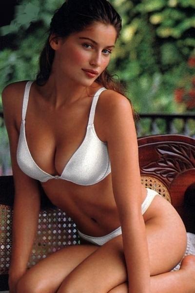Casta bikini laetitia
