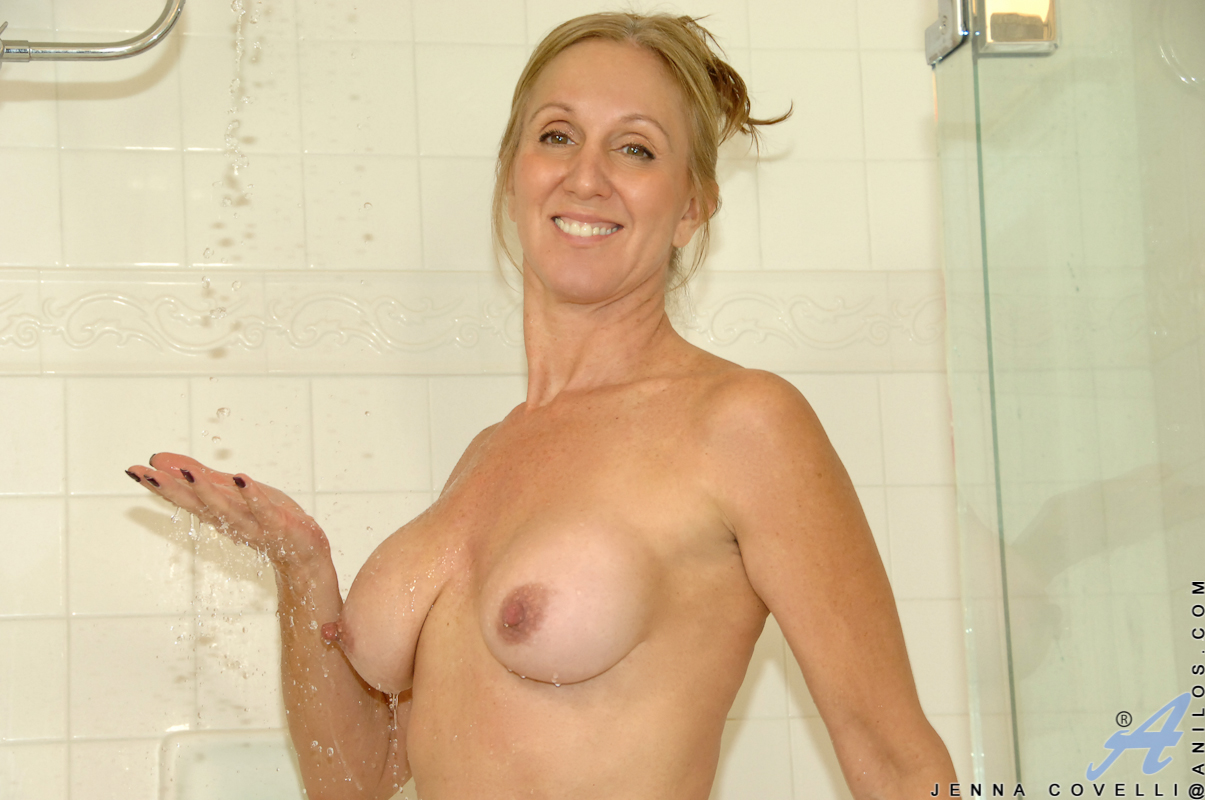 pussy Wet tits mature