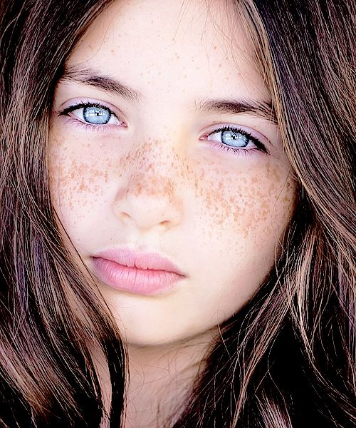 brown and eyes blue hair Girl with