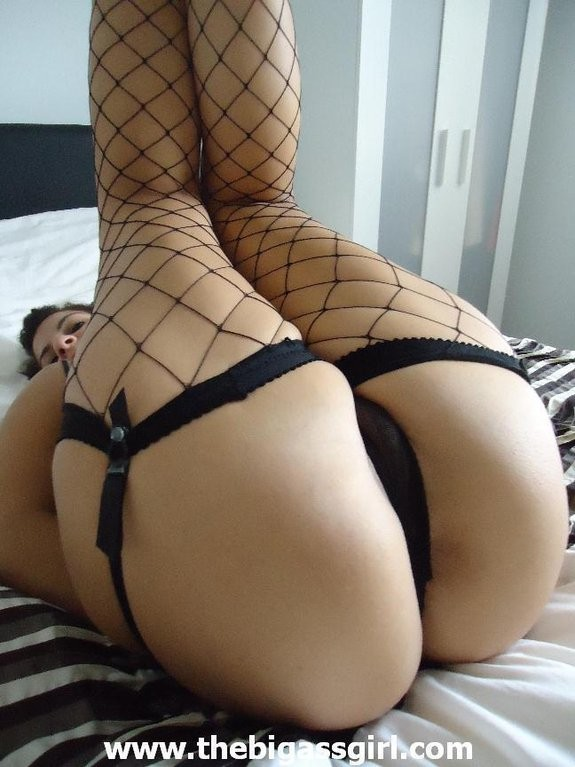spandex Big ass girl