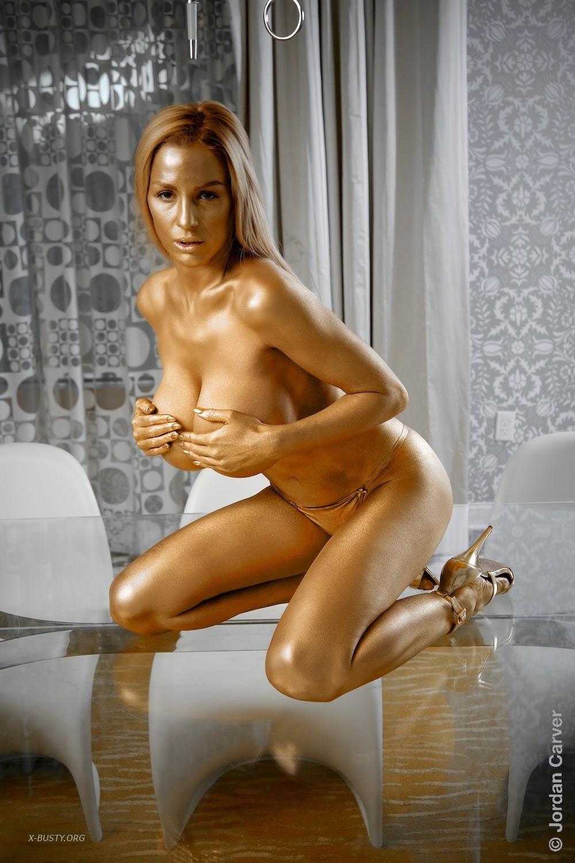 carver nude tits Jordan