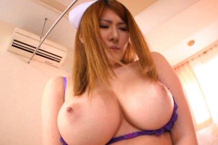 nishina pussy Momoka open