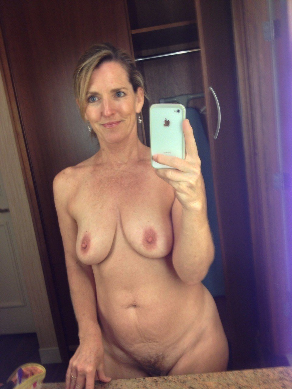 mature wives milf