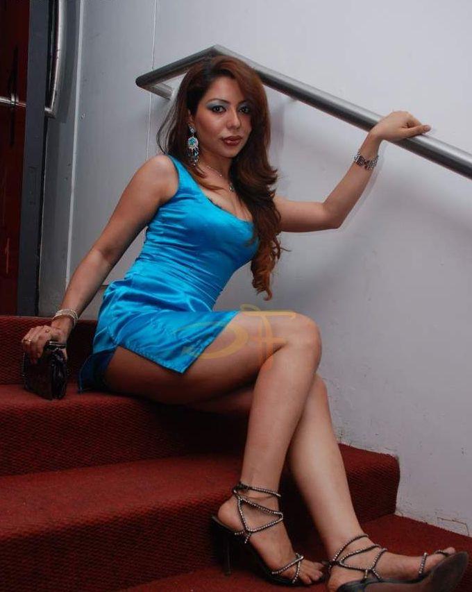 actress Laila nude tamil