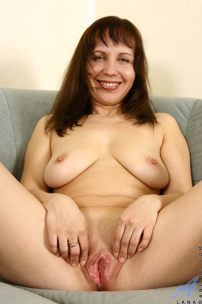 Mature women with shaved vaginas