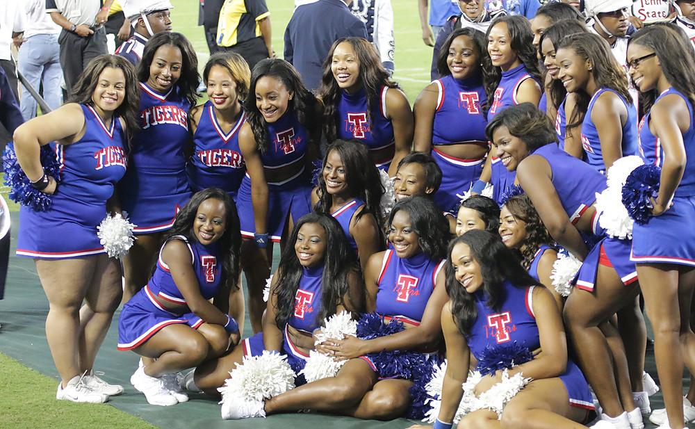 state cheerleaders Texas