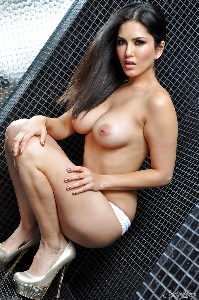 sunny photo naked hot hd bobs leone