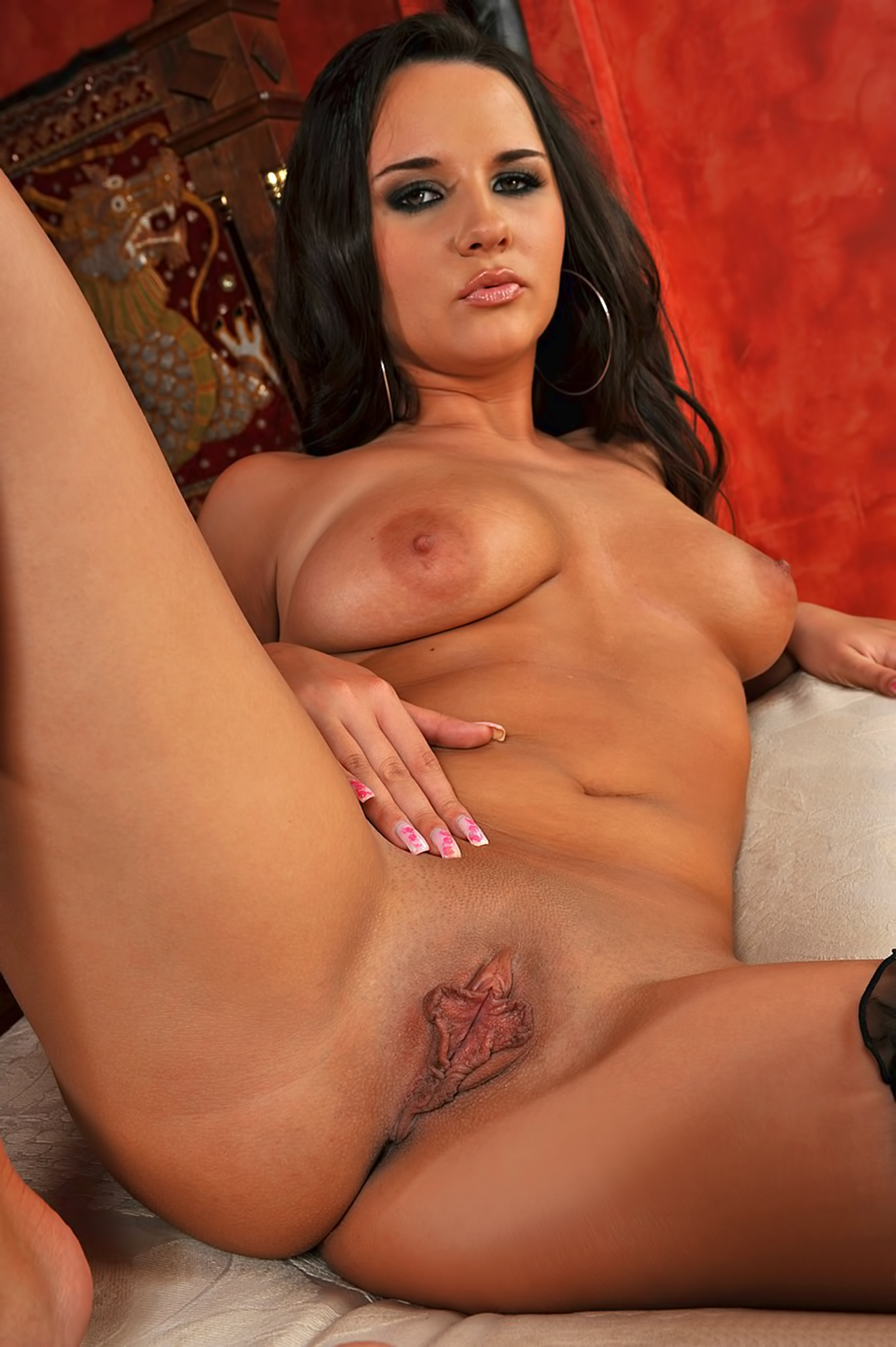 Naked brunette milfs beautiful