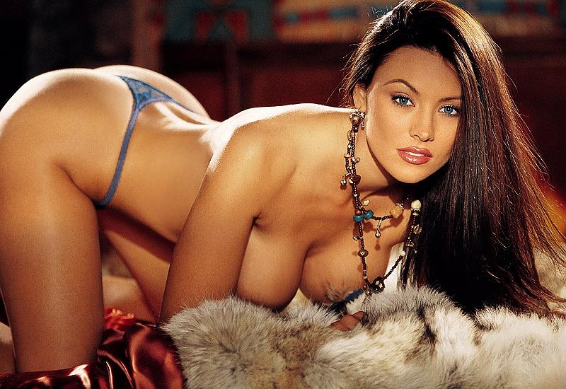 naked Aliya wolf