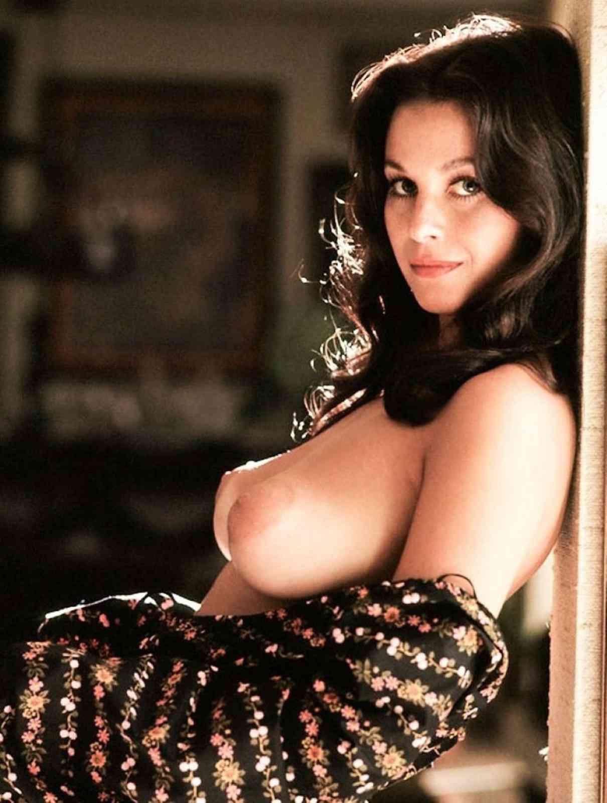 nude Lana wood