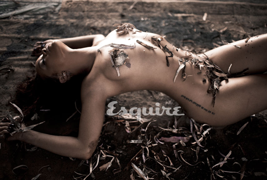 naked Esquire rihanna