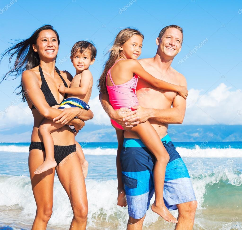 playa nudist family
