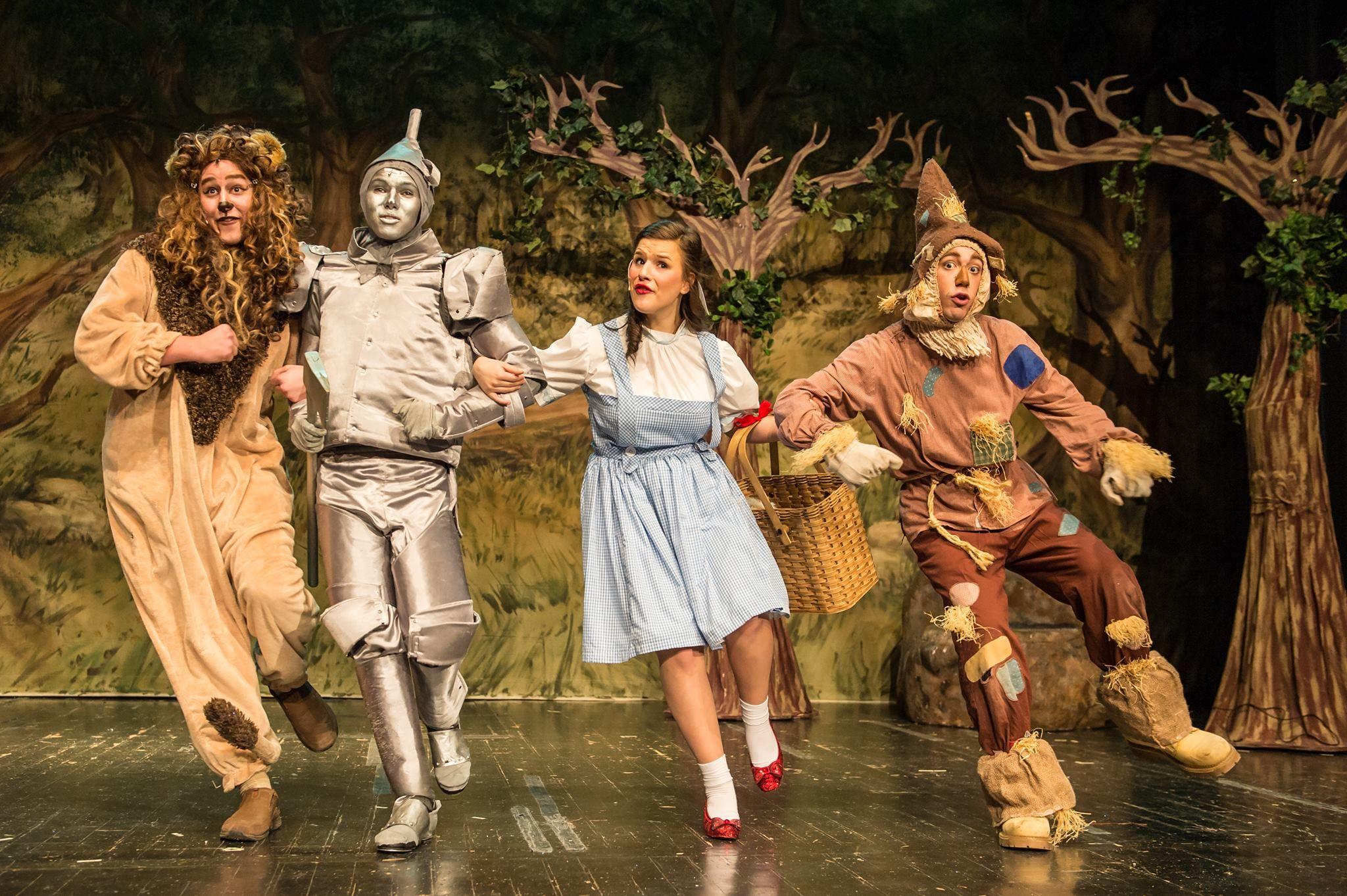 lion Dorothy man scarecrow and tin
