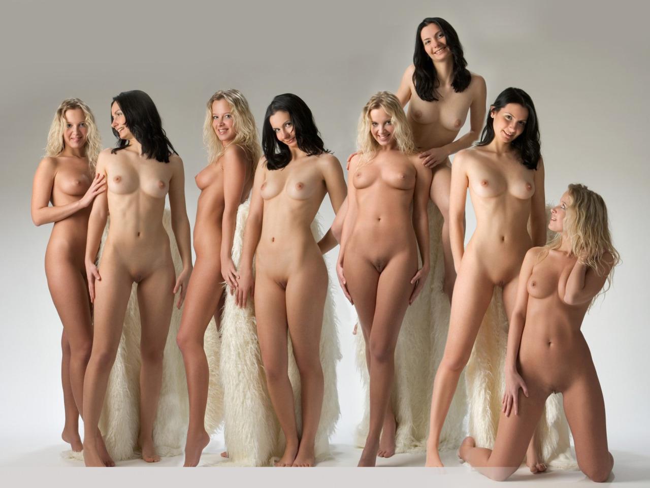 beauty nudist girl standing