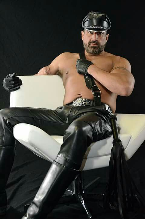 daddy Gay dominant top