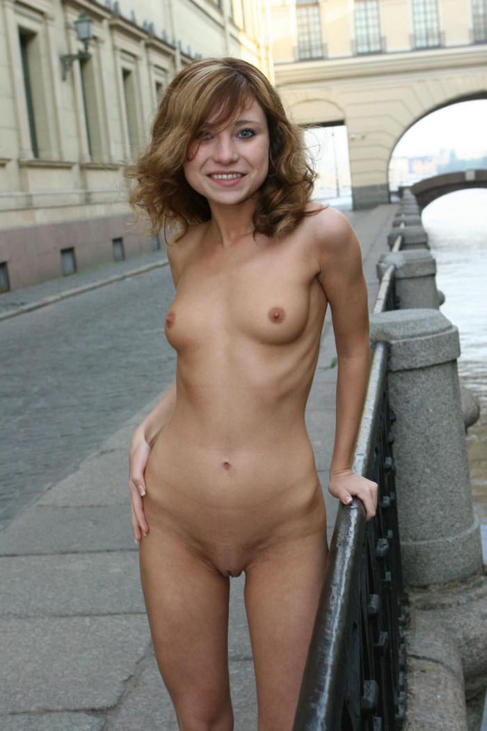 nude mature slim