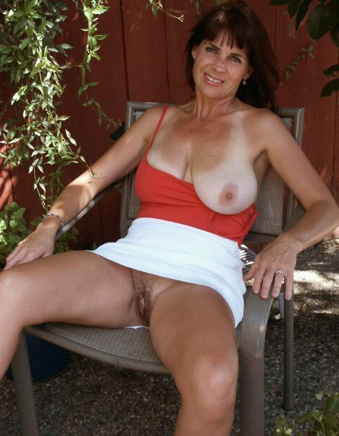 women pussies Mature flashing