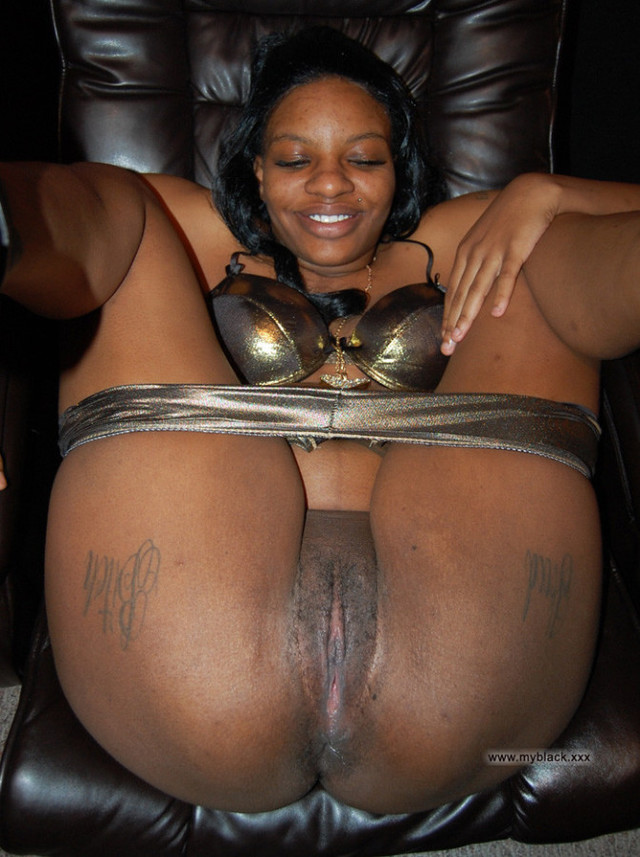 xxx moms Black mature
