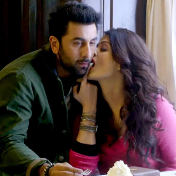 rai hot kisses Aishwarya