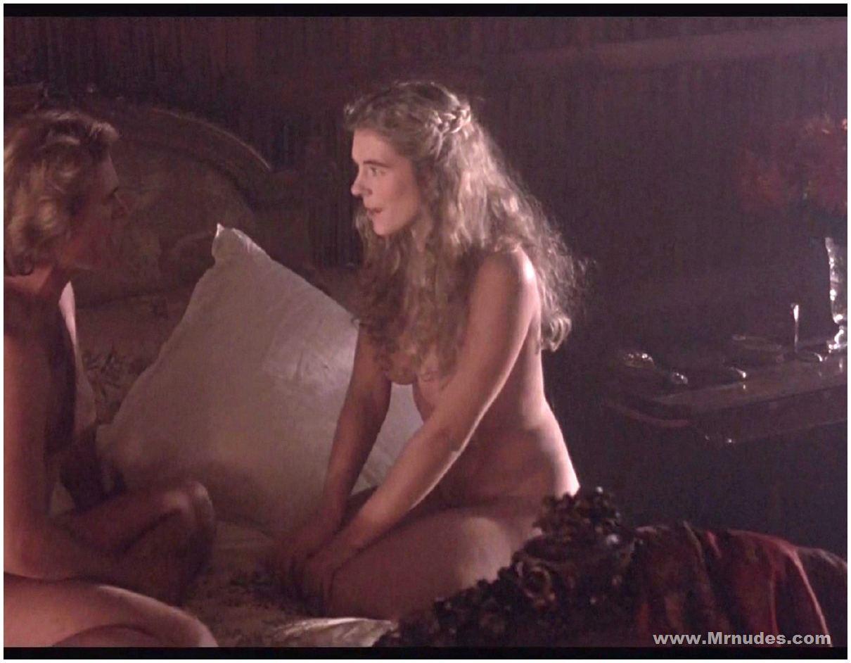 tits Elizabeth hurley
