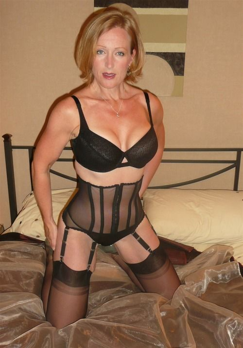 lingerie Mature milf gilf