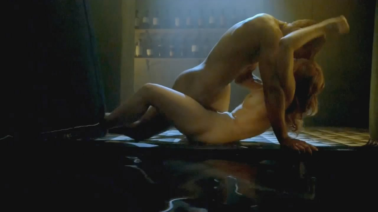 fakes naked Anna hutchison