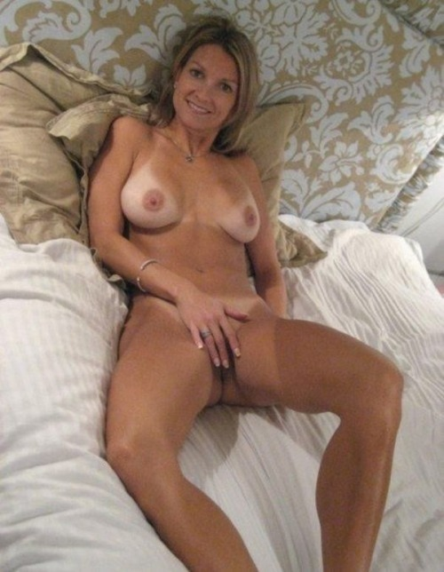 milf wives solo