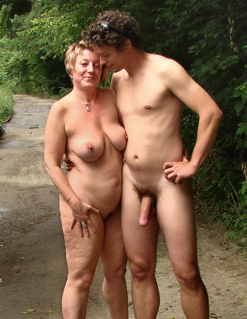 outdoor sex couple Hot