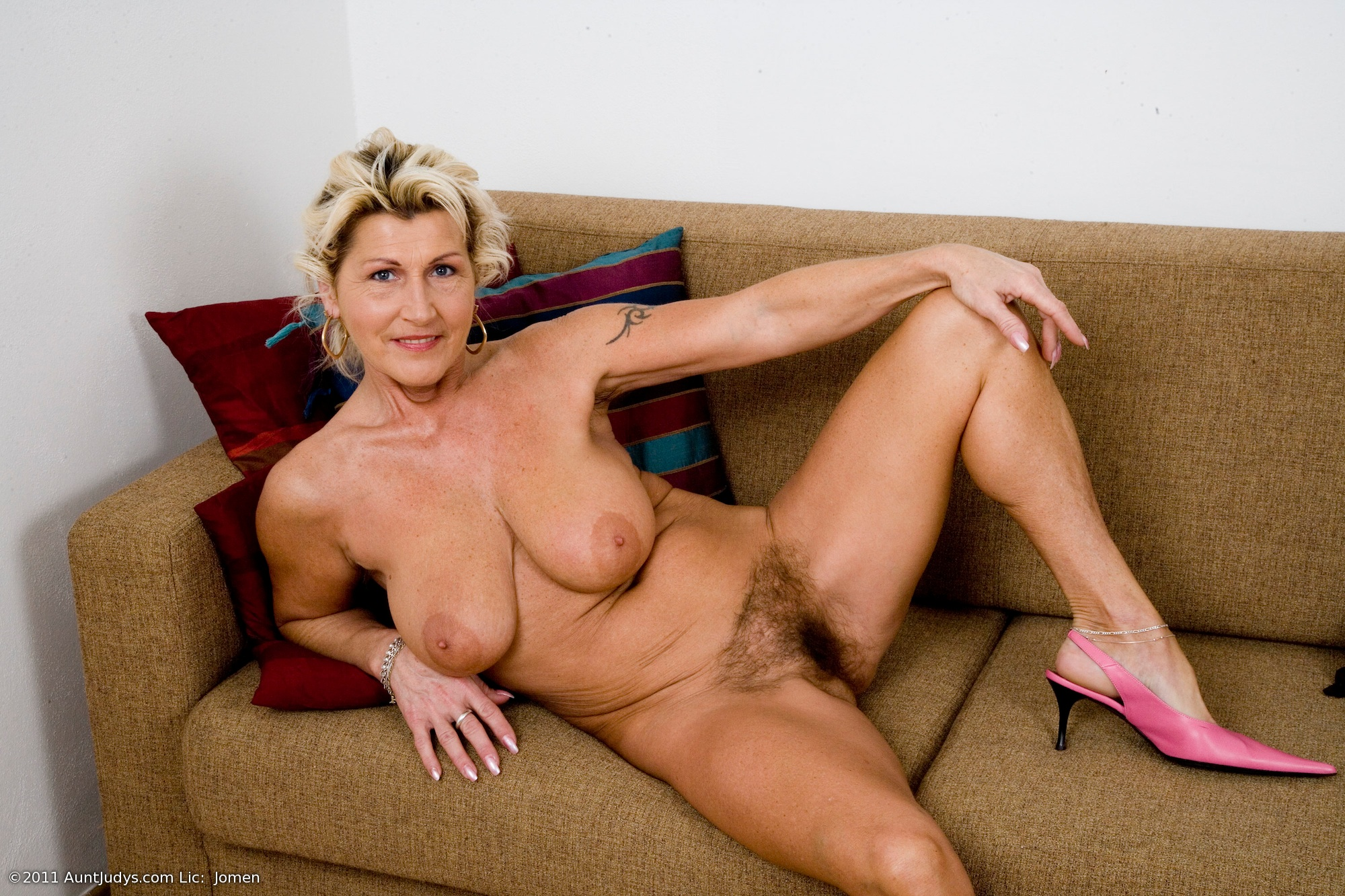 porn-women-in-their-forties