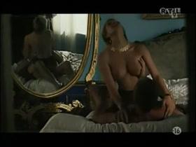 pictures jennifer esposito nude
