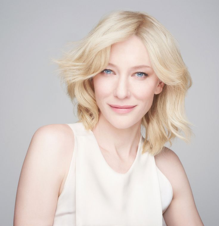blond lesbian Gitta