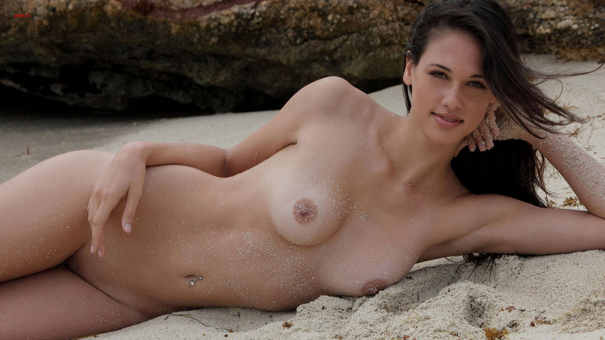 girls beautiful sexy boobs
