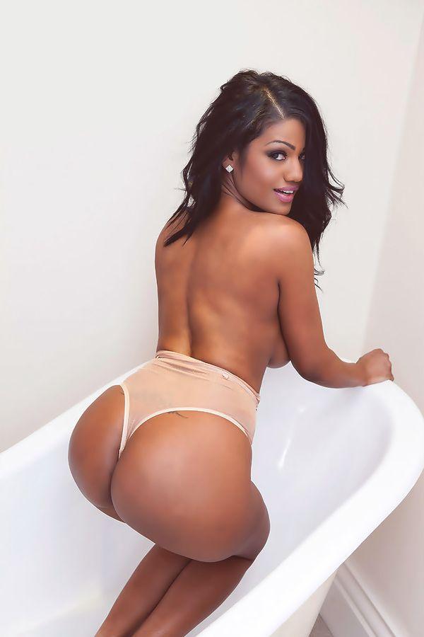 ebony jennifer johnson Nude