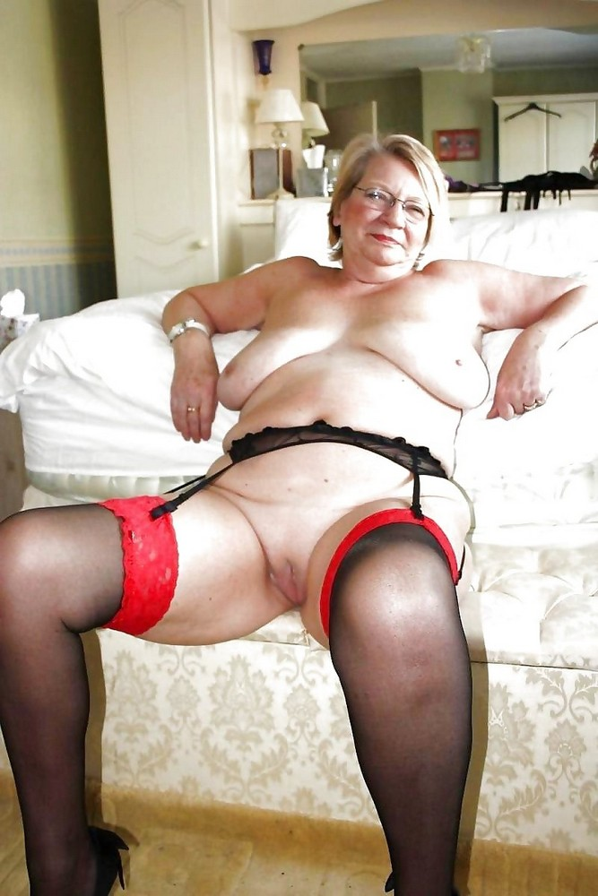 Mature chubby plump women