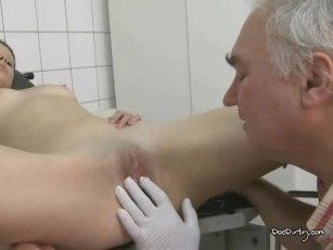 my pussy doctor Lick