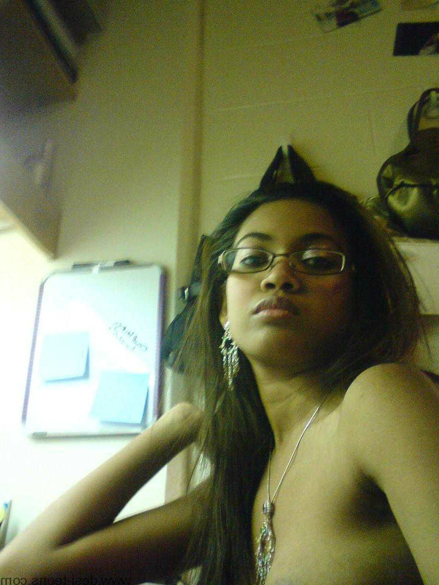 girls Cute nude indian
