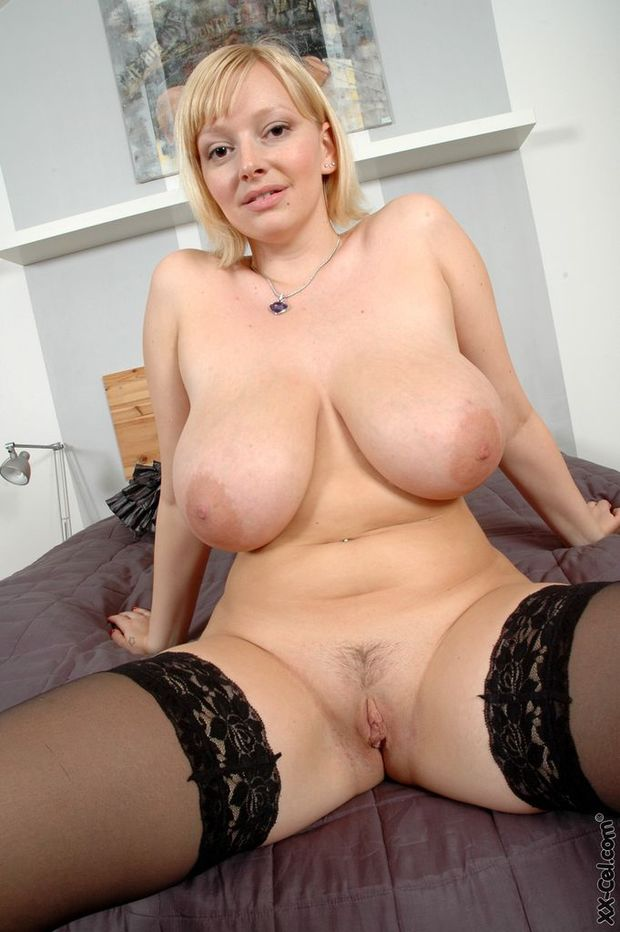 hairy and Big pussy tits