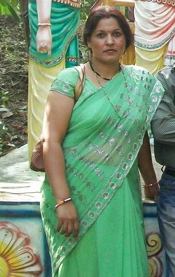 Busty middle aged aunties pic are