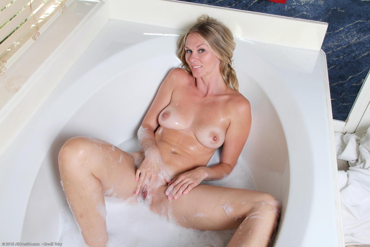 milf Elaine porn mature