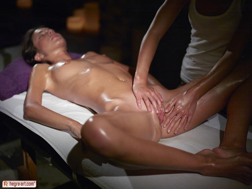 nude erotic massage