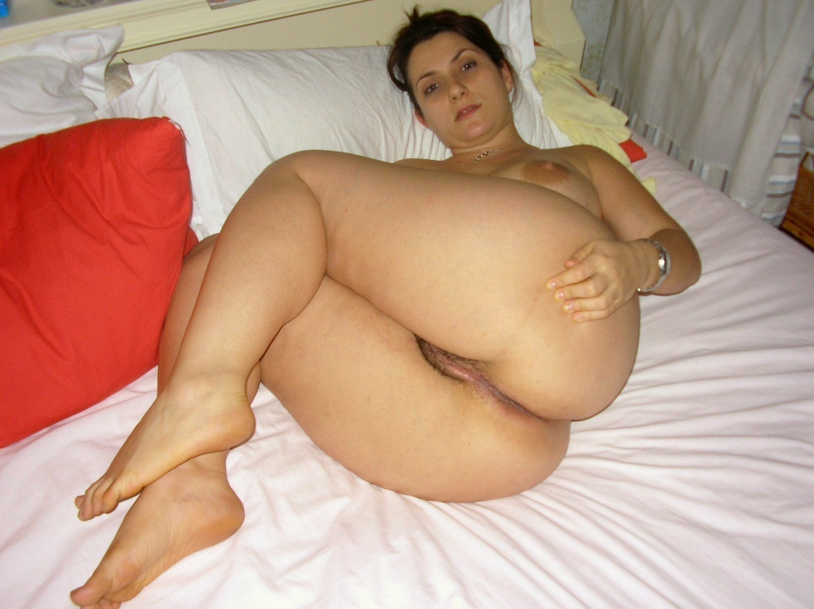 Big ass mom nude