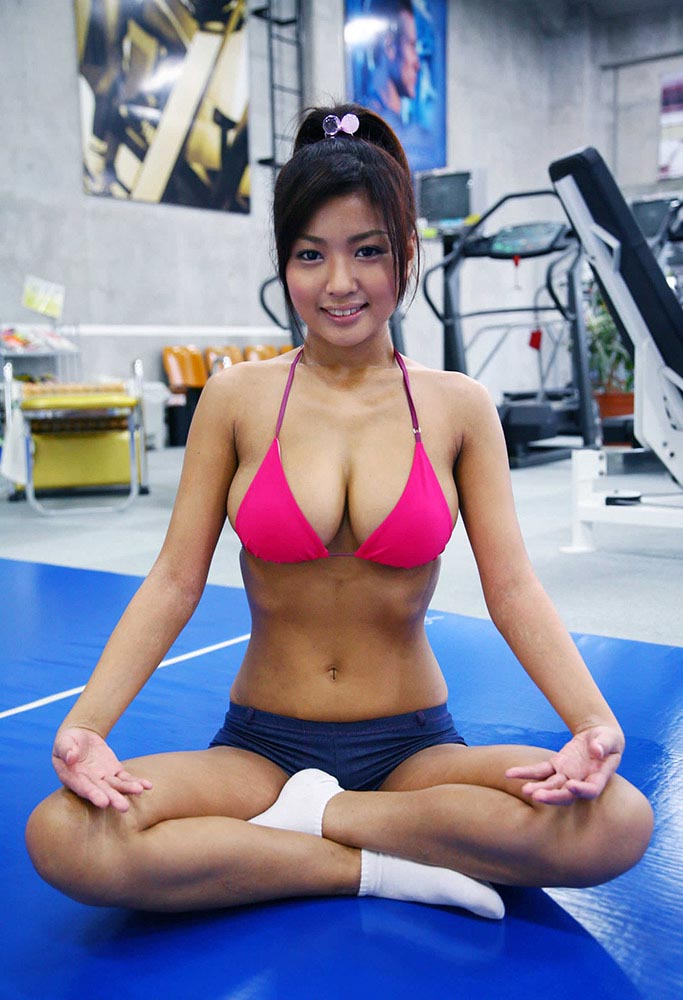 girls working out Hot gym asian at