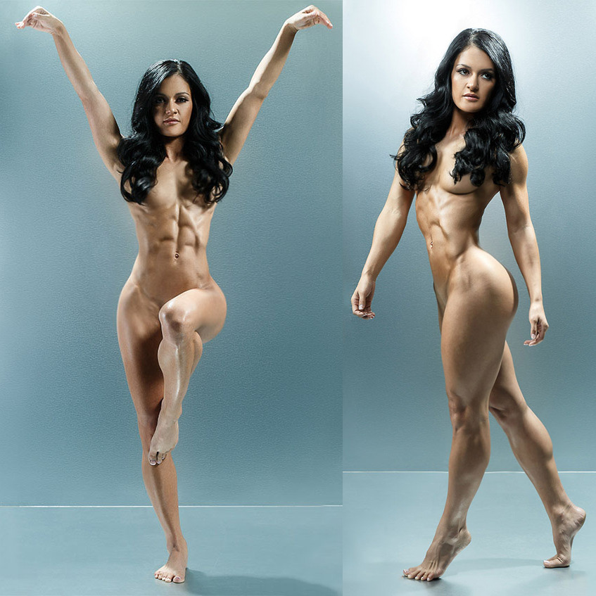 nude women muscular