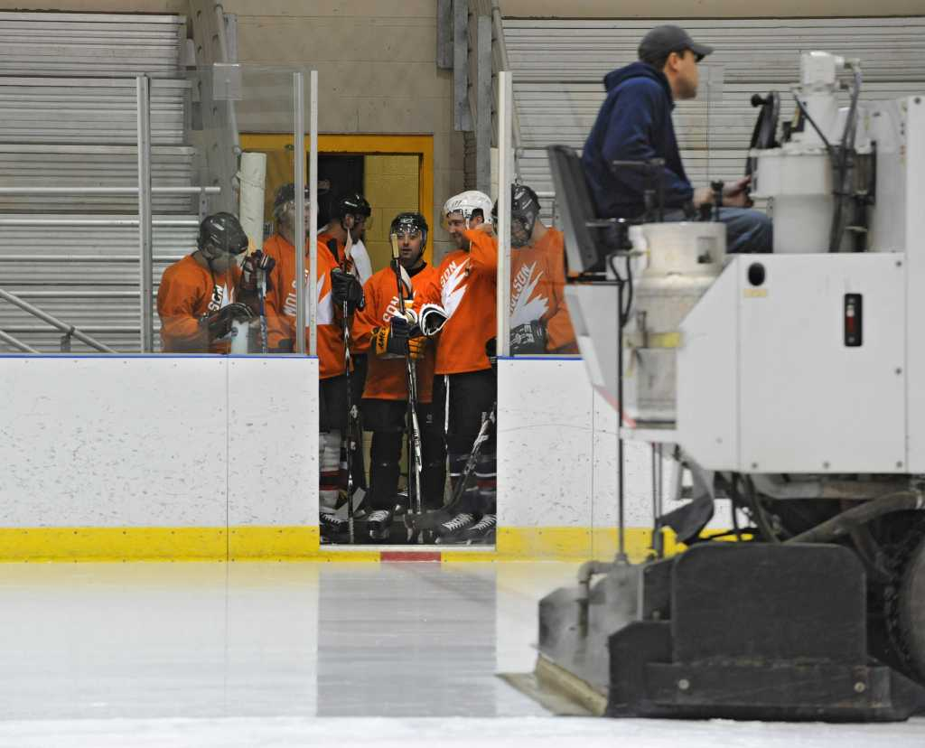 saratoga league Adult hockey